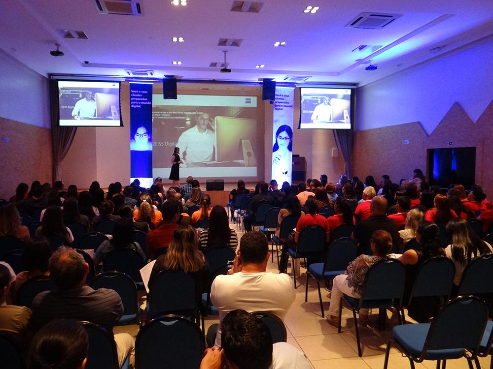 Óticas de Belém participam de evento da ZEISS