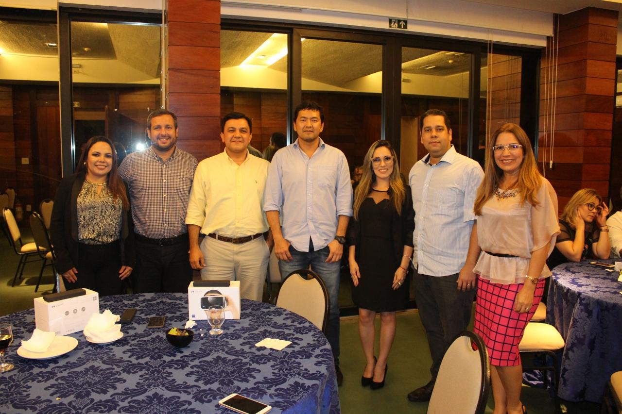 ZEISS e LaboÓptica comemoram o Dia do Oftalmologista com jantar e palestra